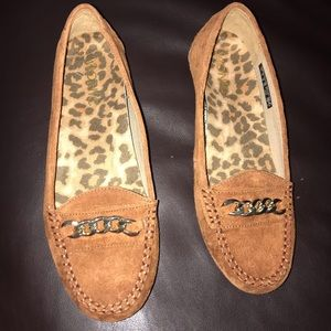 Brand New brown suede Vionic loafers. Size 7 wide.